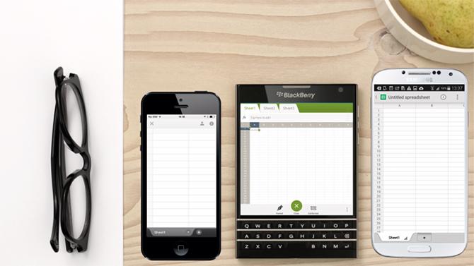 Ligt daar links bovenin een aardappel in een bakje? Daar kan Blackberry vast mee meer verdienen dan met hun telefoons.