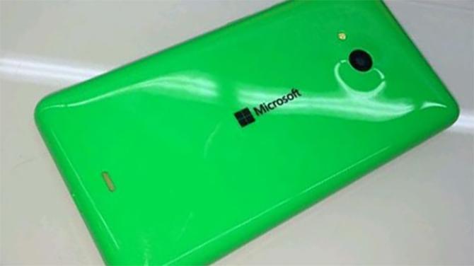 Dat is geen schrijffout, vanaf dinsdag staat er Microsoft op Lumia's.