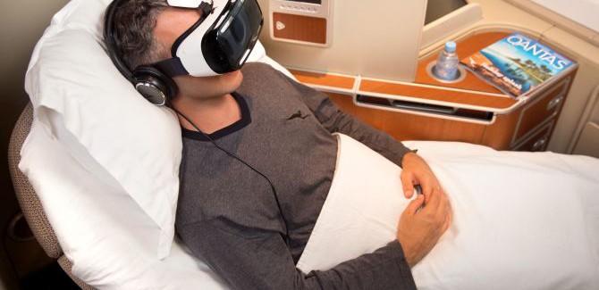 't Wereldje (71) met Samsung Gear VR en exen slopen!