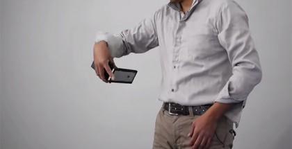nunchuk-iphone-case