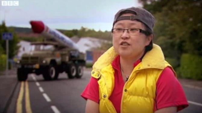 Zeg Ling, is dat een Chinese raketinstallatie of ben je gewoon blij om me te zien?