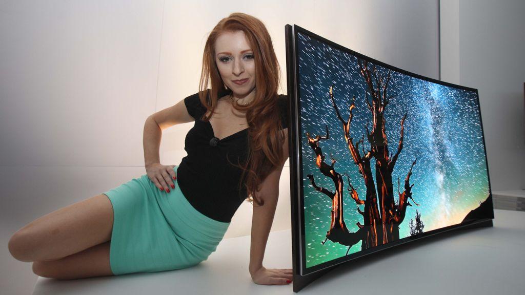 Wij zijn niet vies van mooie rondingen, maar bij televisies: lekker laten zitten
