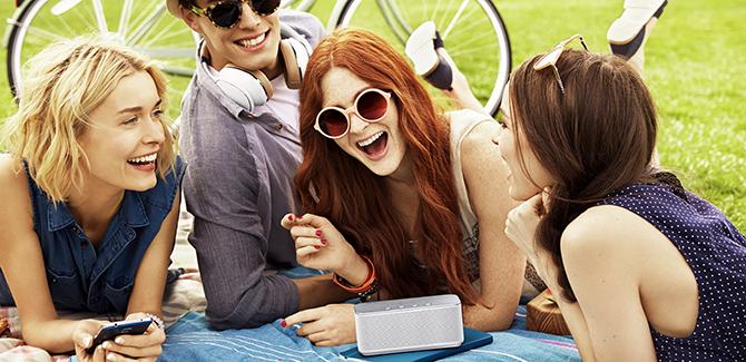 bluetooth speaker Samsung Level Box