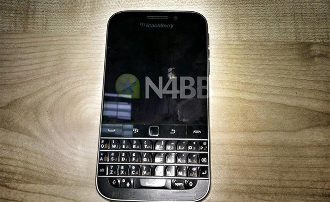 blackberry-classic-leak